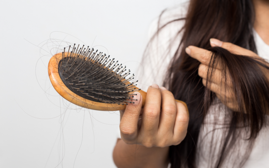 Signs of Female Hair Loss and How to Treat It